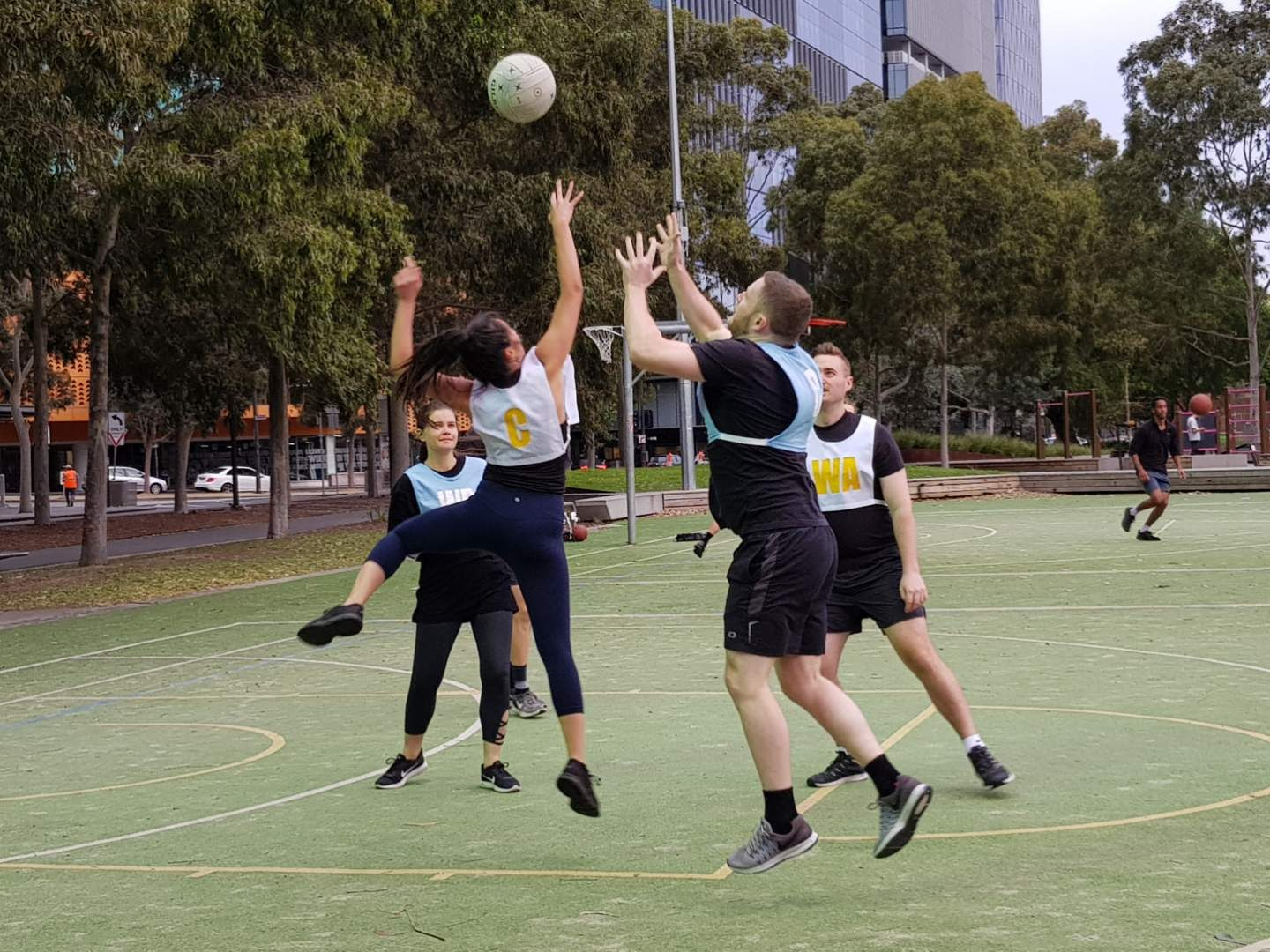 mixed netball competitions melbourne